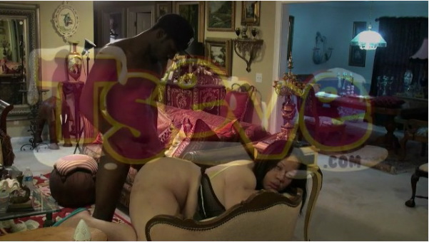BBW Black Shemale gets fuck by a Tranny Chaser at home